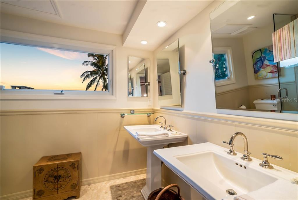 Guest suite bathroom - Single Family Home for sale at 230 N Washington Dr, Sarasota, FL 34236 - MLS Number is A4415745