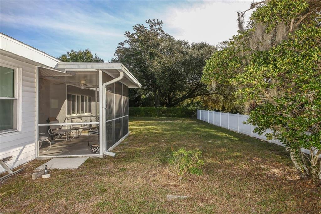Single Family Home for sale at 3012 Rose St, Sarasota, FL 34239 - MLS Number is A4416935