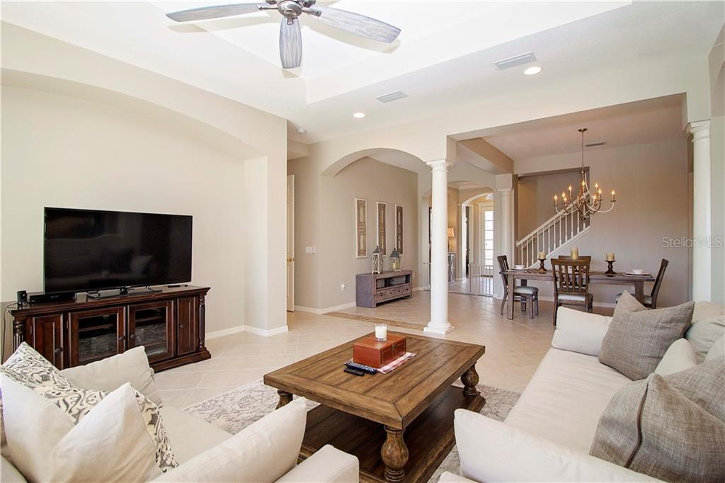 Single Family Home for sale at 6641 Pirate Perch Trl, Lakewood Ranch, FL 34202 - MLS Number is A4418240