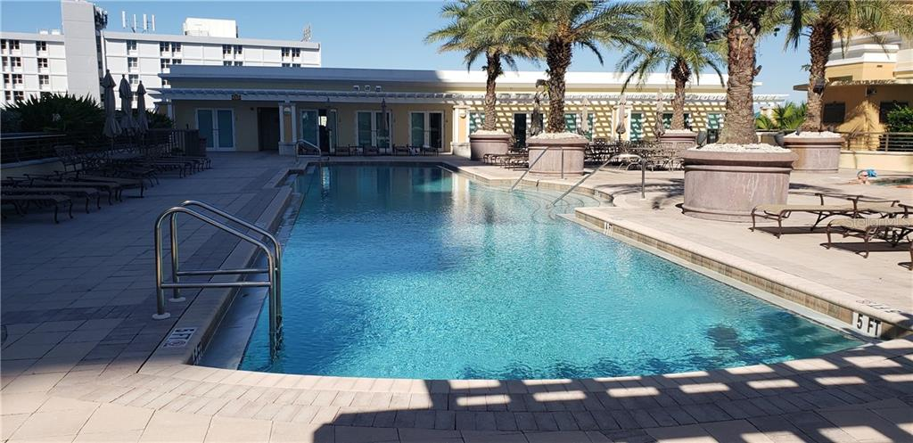 Condo for sale at 800 N Tamiami Trl #504, Sarasota, FL 34236 - MLS Number is A4419293