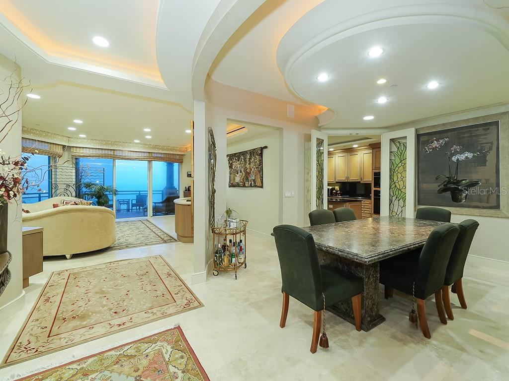 Living Room - Dining Room - Condo for sale at 2399 Gulf Of Mexico Dr #3c3, Longboat Key, FL 34228 - MLS Number is A4421722