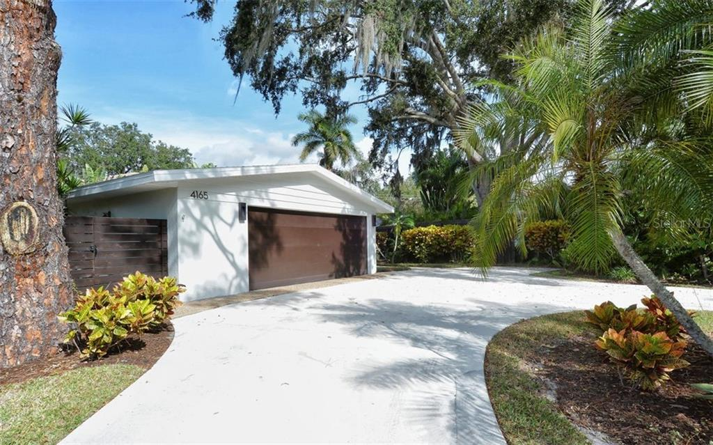 Single Family Home for sale at 4165 Camino Real, Sarasota, FL 34231 - MLS Number is A4422874