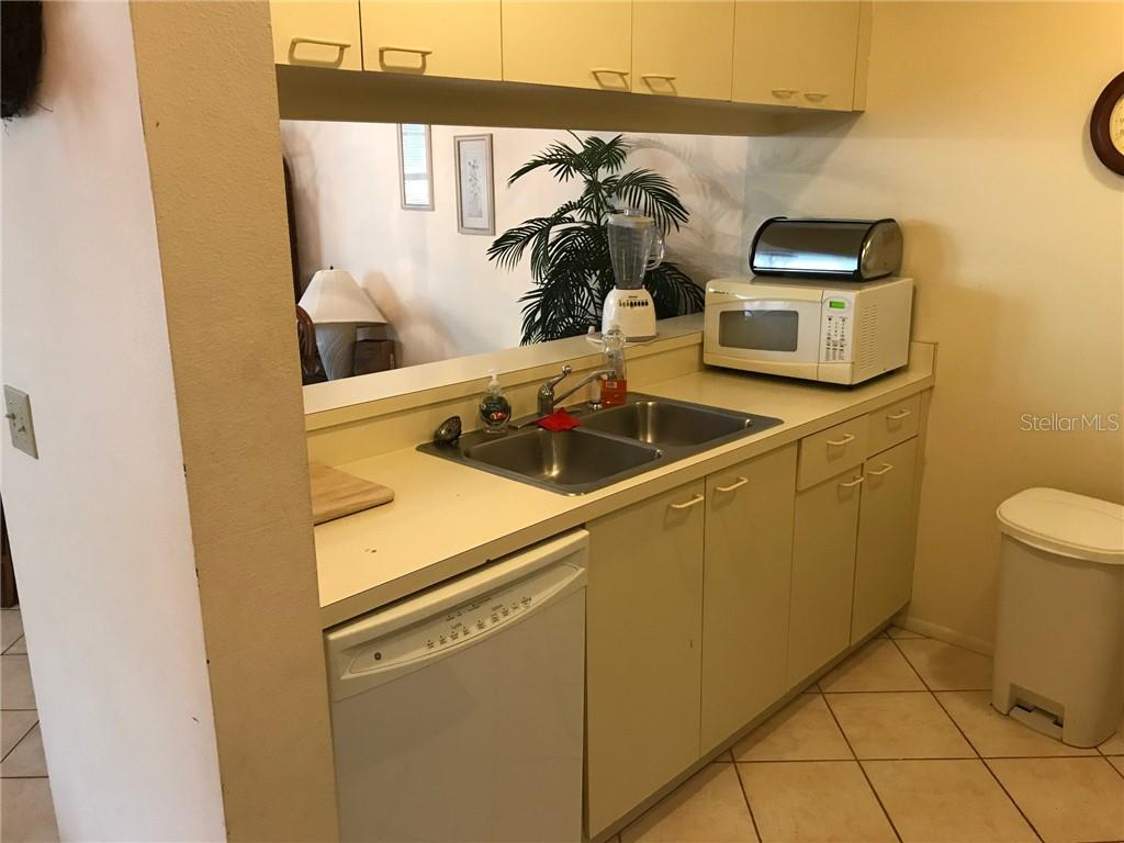 Condo for sale at 3848 59th Ave W, Bradenton, FL 34210 - MLS Number is A4423062