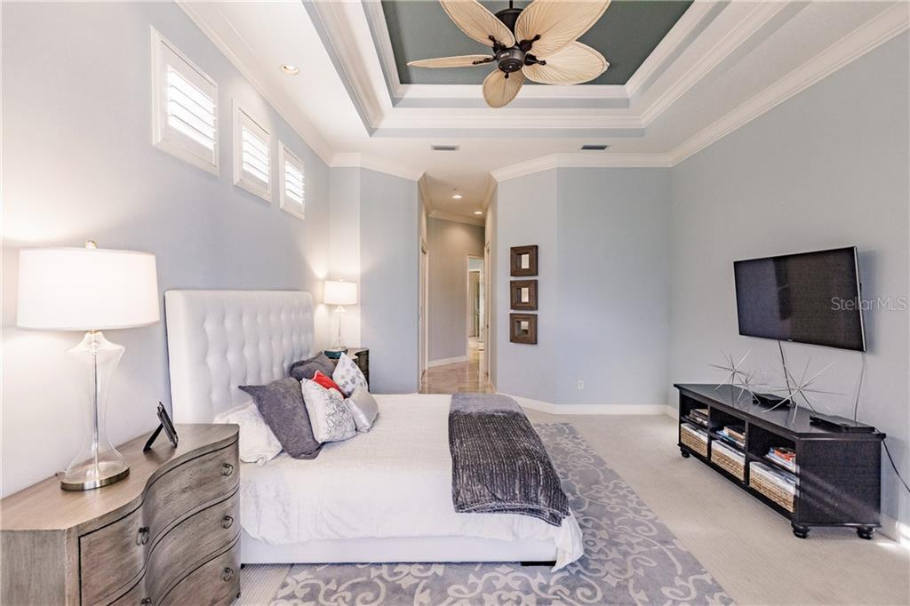 master bedroom double coffered ceiling - Single Family Home for sale at 557 Fore Dr, Bradenton, FL 34208 - MLS Number is A4423161