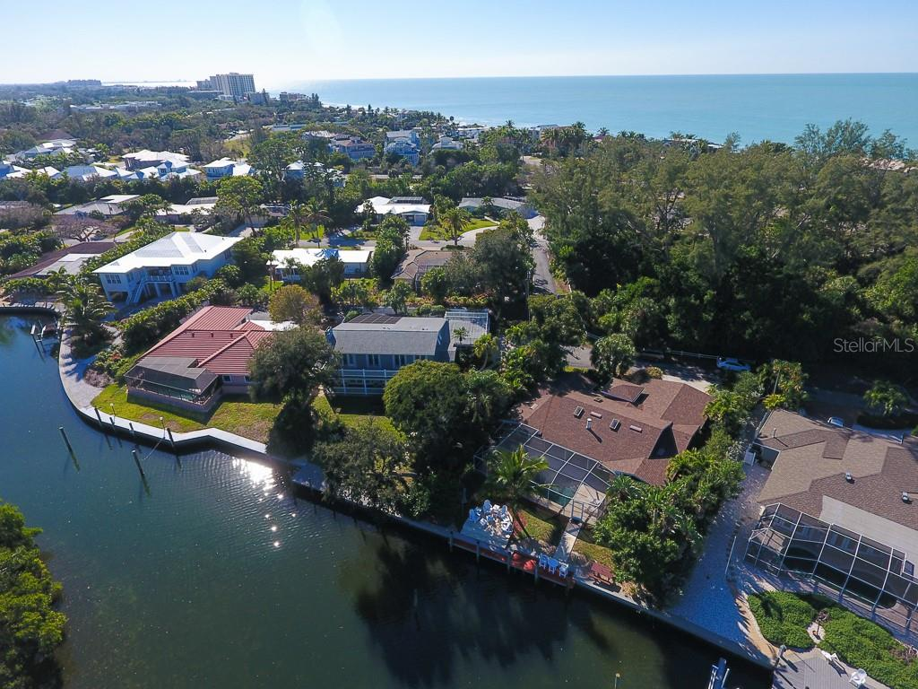 Single Family Home for sale at 3 Winslow Pl, Longboat Key, FL 34228 - MLS Number is A4423806