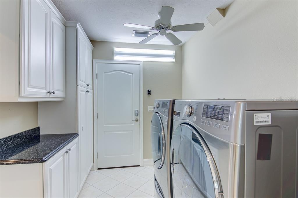 Laundry Room - Single Family Home for sale at 622 Dundee Ln, Holmes Beach, FL 34217 - MLS Number is A4426329