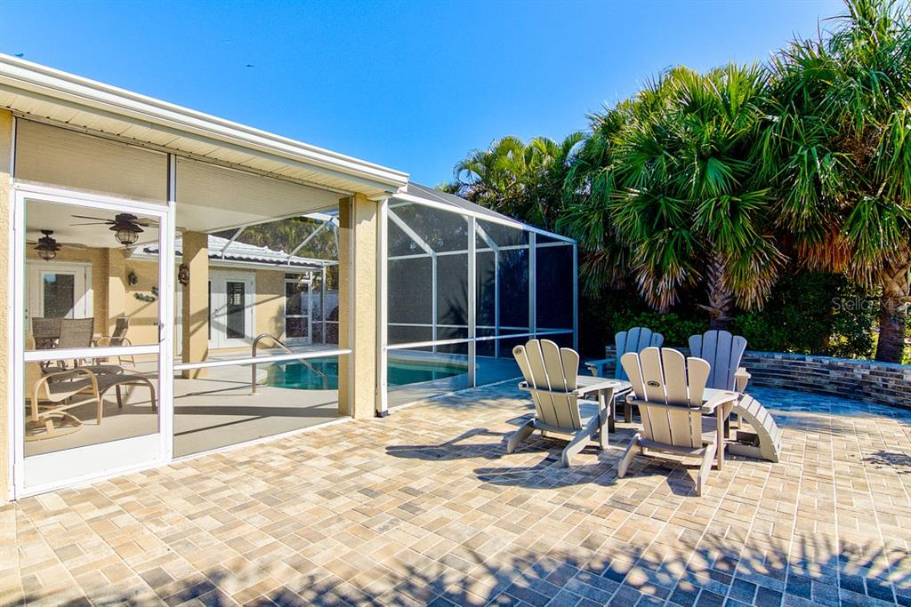 Additional Outdoor Patio - Single Family Home for sale at 622 Dundee Ln, Holmes Beach, FL 34217 - MLS Number is A4426329