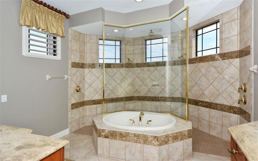 Master Bathroom with Walkthru Shower - Single Family Home for sale at 14231 Sundial Pl, Lakewood Ranch, FL 34202 - MLS Number is A4430945