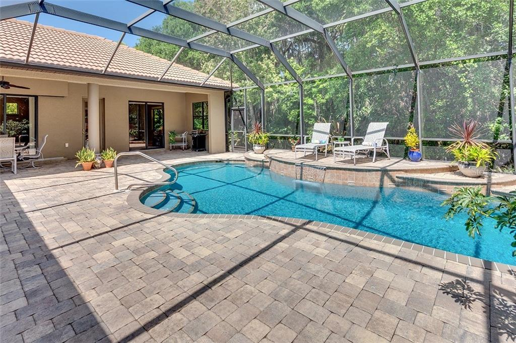 Oversized lanai with pool - Single Family Home for sale at 3753 Eagle Hammock Dr, Sarasota, FL 34240 - MLS Number is A4431001