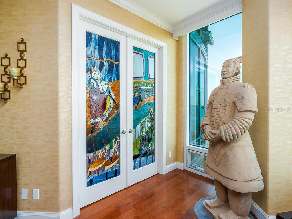 Grand entrance to Master Suite - Condo for sale at 340 S Palm Ave #74, Sarasota, FL 34236 - MLS Number is A4432744