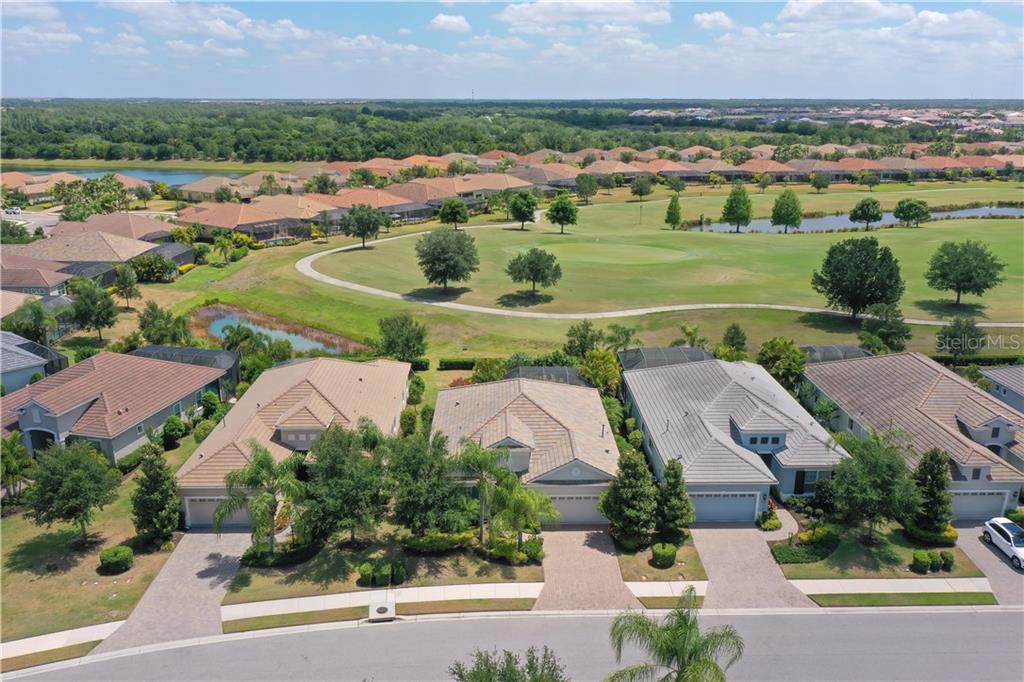 Single Family Home for sale at 14515 Whitemoss Ter, Lakewood Ranch, FL 34202 - MLS Number is A4434989