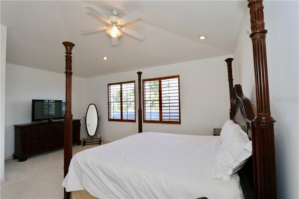 Master bedroom - Single Family Home for sale at 5082 47th St W, Bradenton, FL 34210 - MLS Number is A4435806