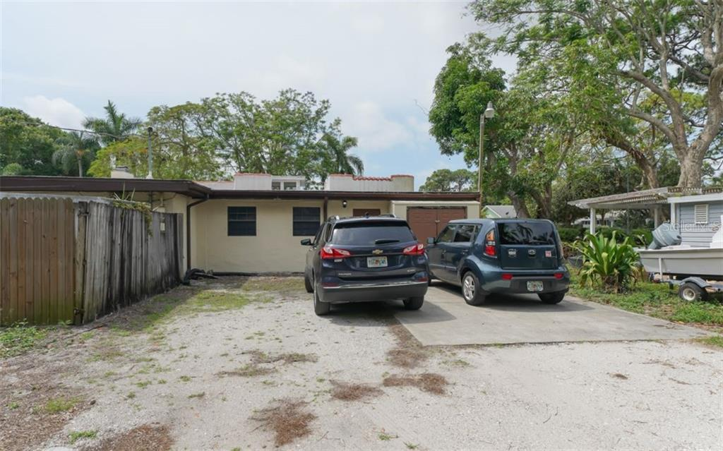 Single Family Home for sale at 2506 12th Ave W, Bradenton, FL 34205 - MLS Number is A4436217