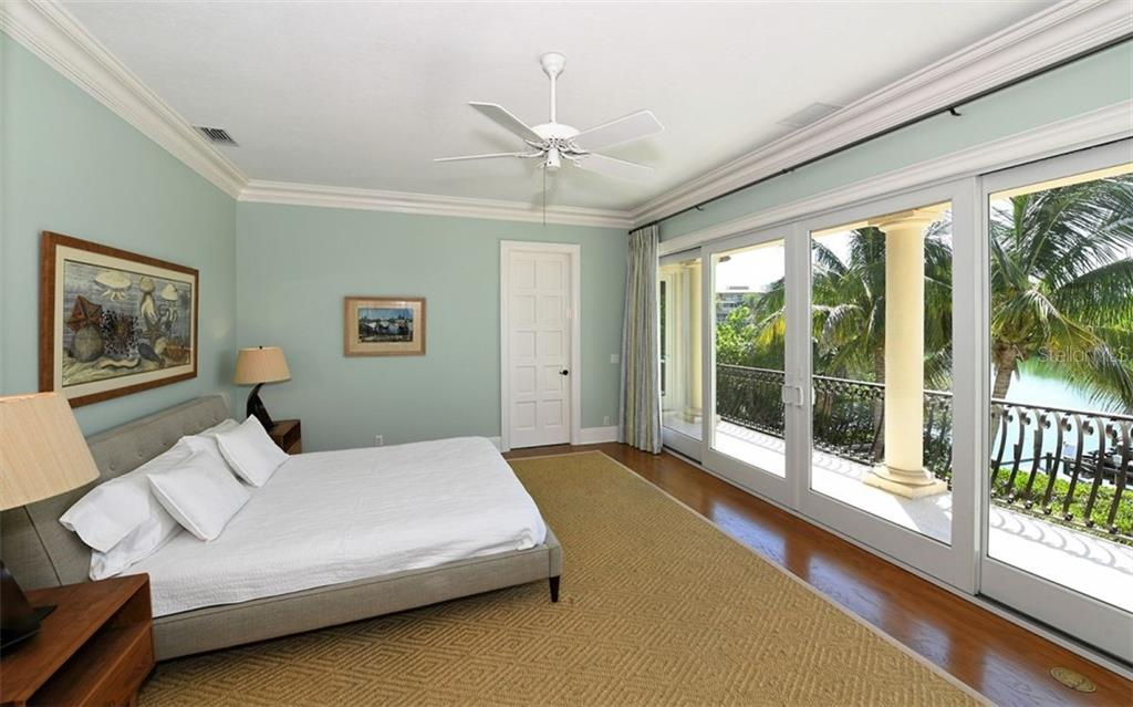 Secong level additional master bedroom - Single Family Home for sale at 65 Lighthouse Point Dr, Longboat Key, FL 34228 - MLS Number is A4438181