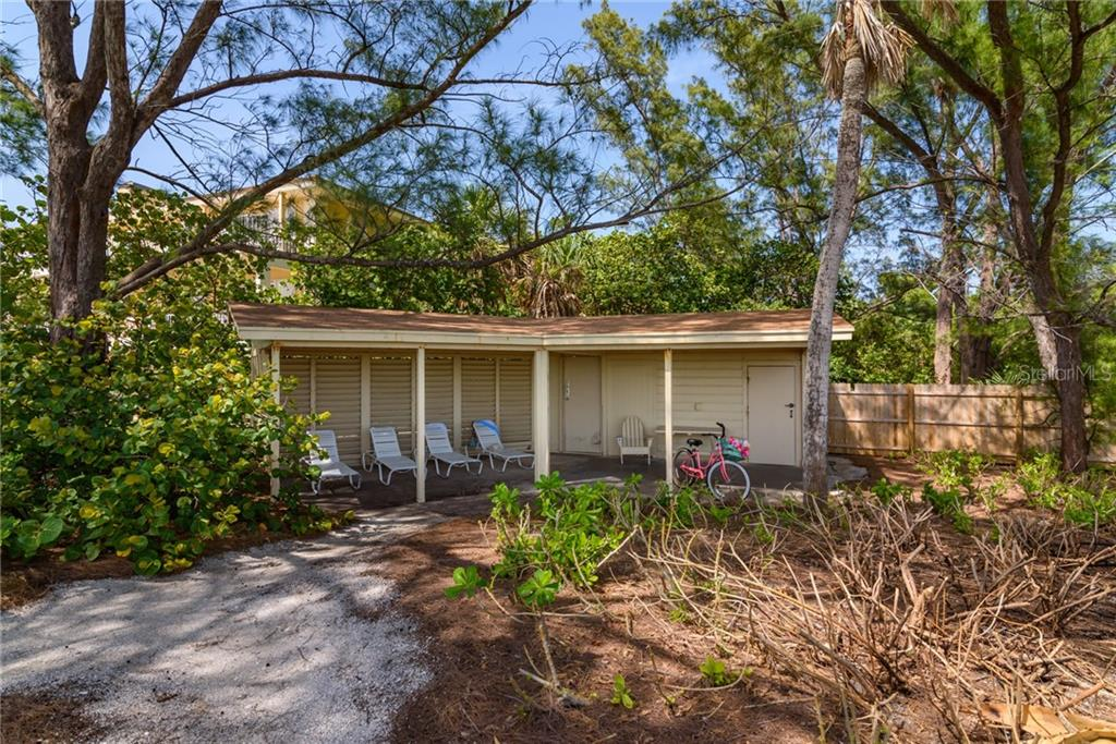 Beach Cabana - Single Family Home for sale at 8511 Heron Lagoon Cir, Sarasota, FL 34242 - MLS Number is A4439489