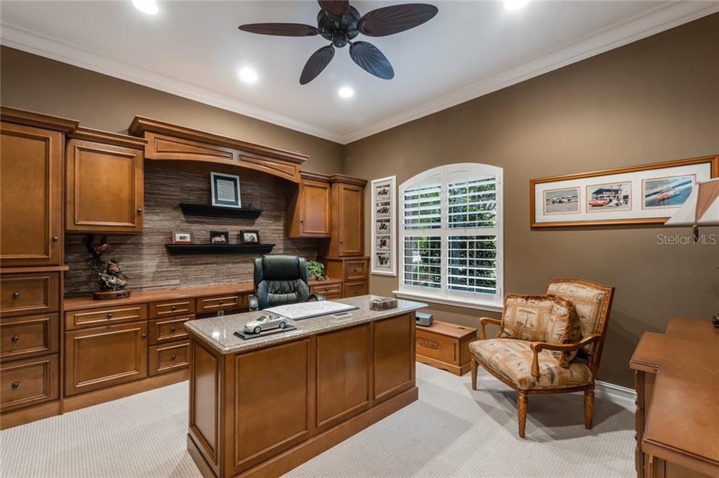 Single Family Home for sale at 13301 Palmers Creek Ter, Lakewood Ranch, FL 34202 - MLS Number is A4439599