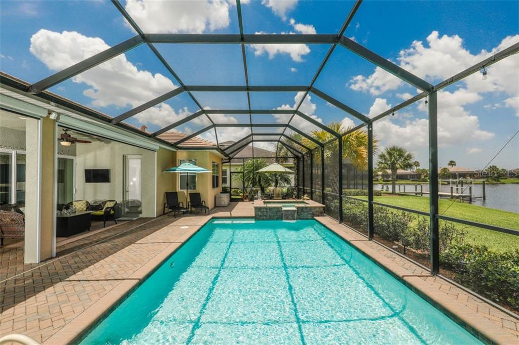 Single Family Home for sale at 1016 Lanyard Ct, Bradenton, FL 34208 - MLS Number is A4439800