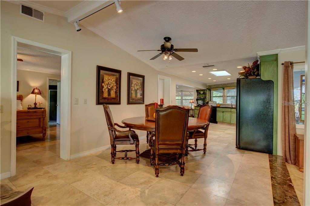 Single Family Home for sale at 4905 Primrose Path, Sarasota, FL 34242 - MLS Number is A4441711