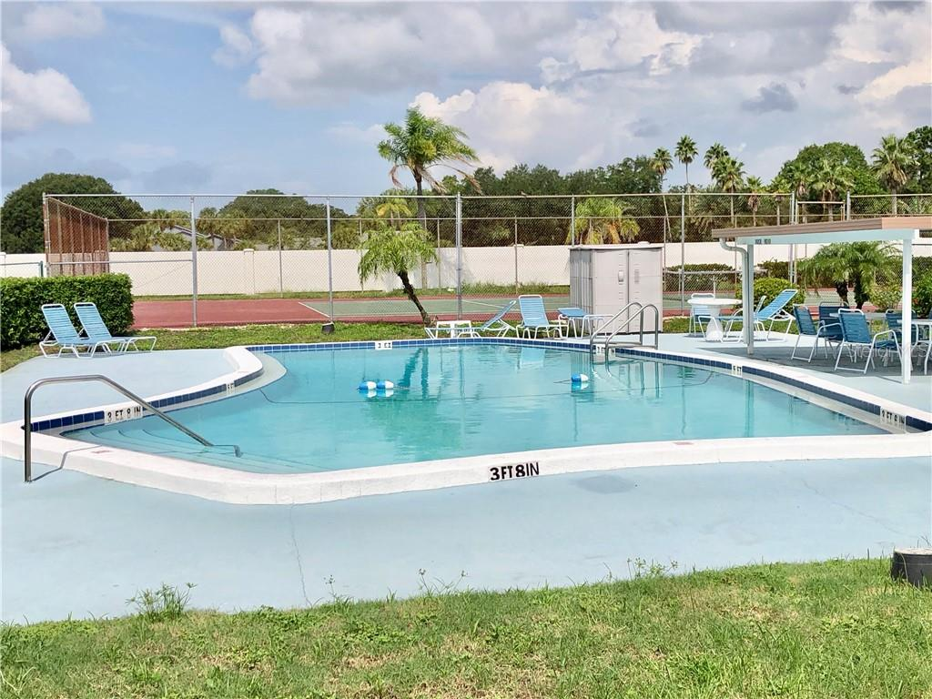Condo for sale at 6507 Draw Ln #68, Sarasota, FL 34238 - MLS Number is A4443277