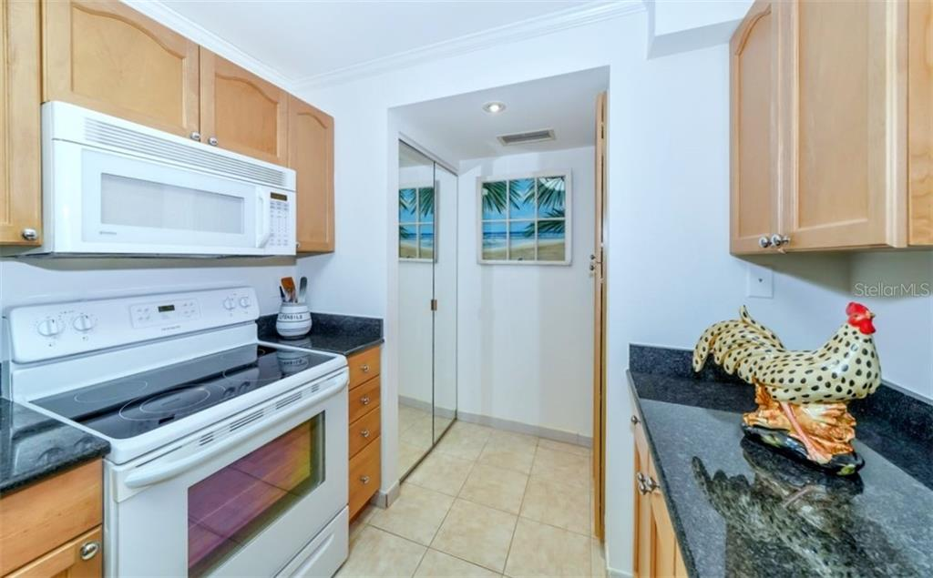 Kitchen - Condo for sale at 5855 Midnight Pass Rd #429, Sarasota, FL 34242 - MLS Number is A4446942