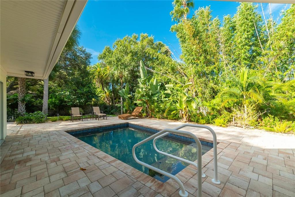Single Family Home for sale at 1740 S Orange Ave, Sarasota, FL 34239 - MLS Number is A4447278