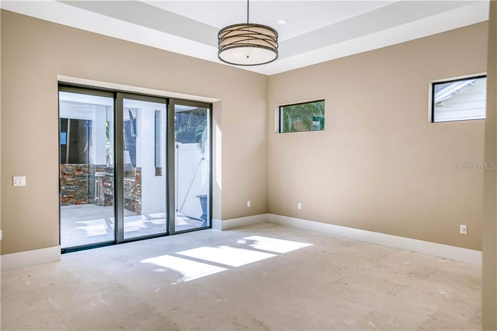Master Suite - Single Family Home for sale at 1886 Prospect St, Sarasota, FL 34239 - MLS Number is A4450957