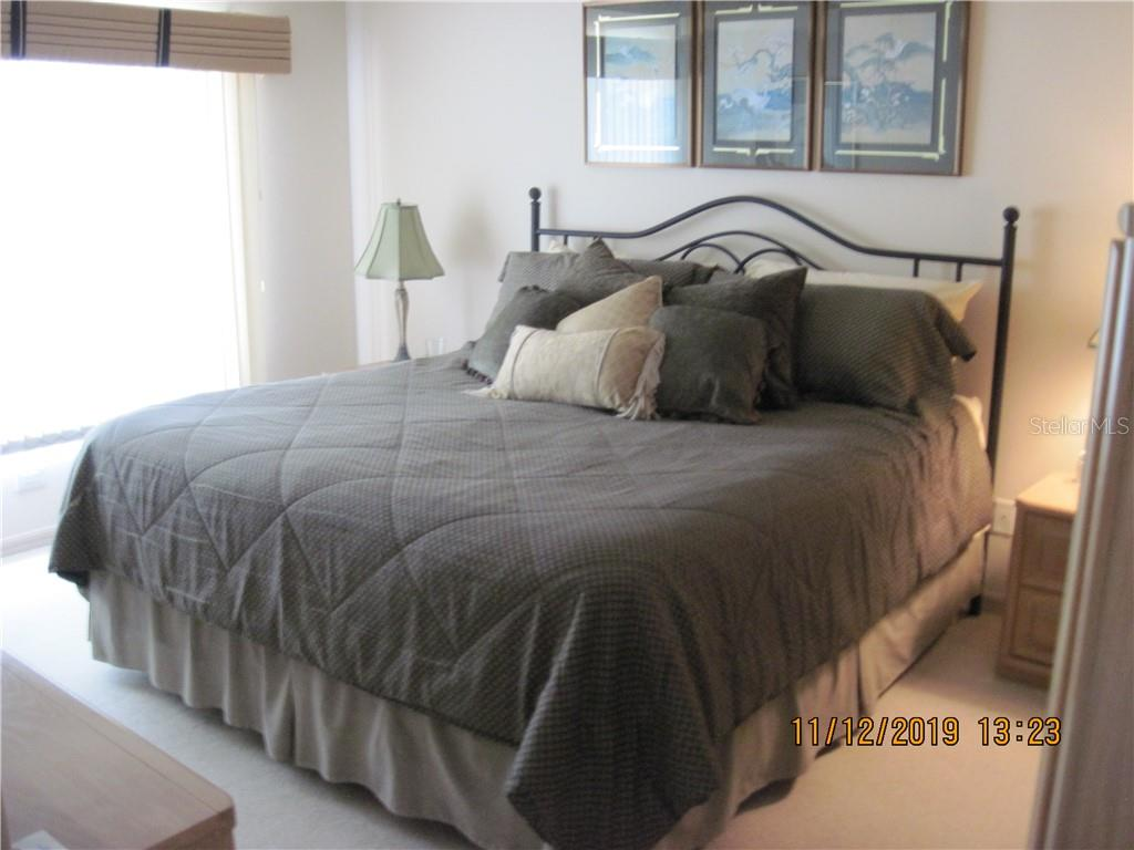 master suite - Condo for sale at 5525 Ashton Lake Dr #5525, Sarasota, FL 34231 - MLS Number is A4451290