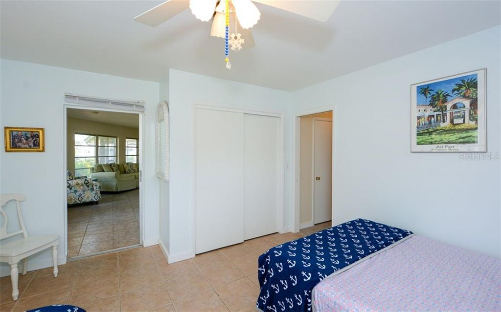 Single Family Home for sale at 610 Eagle Pl, Nokomis, FL 34275 - MLS Number is A4457758
