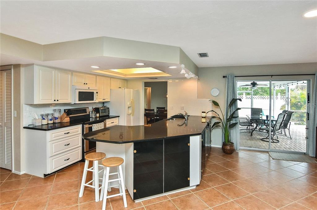 Kitchen - Single Family Home for sale at 1758 Croton Dr, Venice, FL 34293 - MLS Number is A4459877