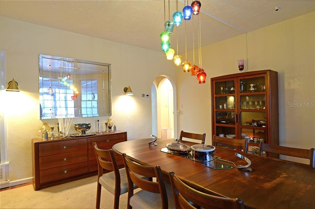 Formal dining room - Single Family Home for sale at 2229 Mcclellan Pkwy, Sarasota, FL 34239 - MLS Number is A4463211
