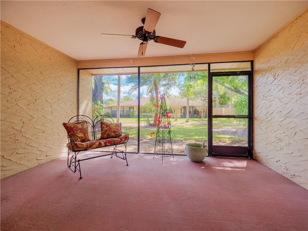 East Facing Screened Porch w/ceiling fan - Villa for sale at 4335 Rum Cay Cir, Sarasota, FL 34233 - MLS Number is A4463762