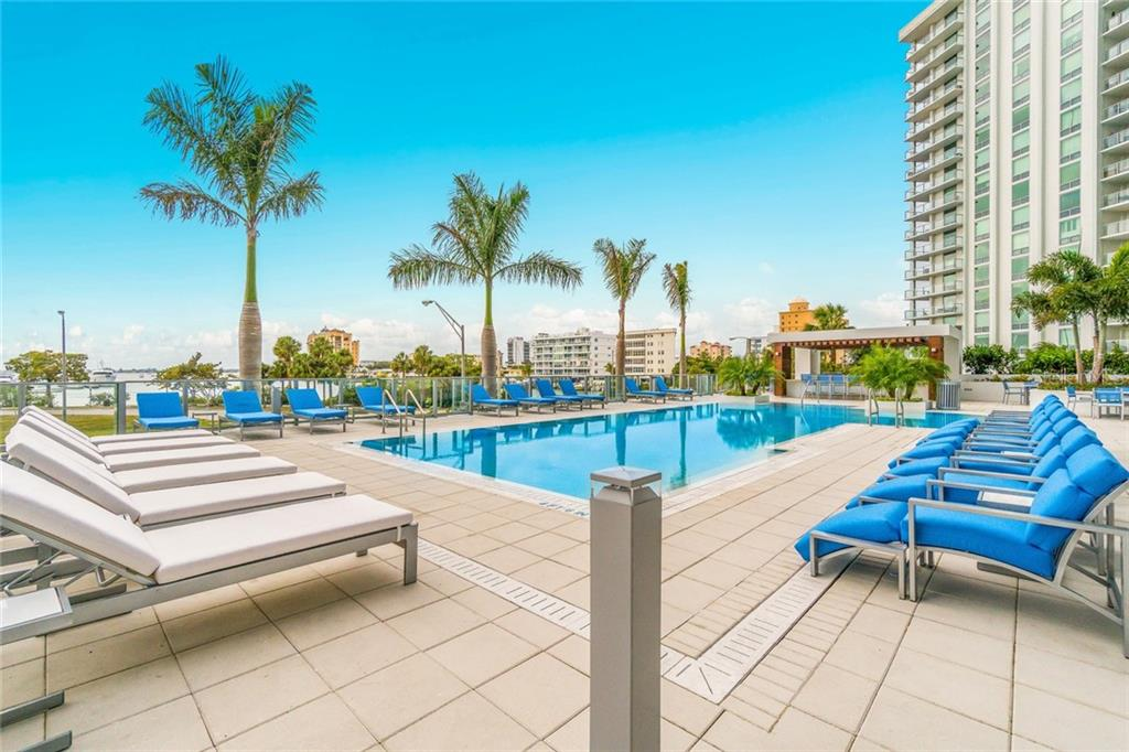 Condo for sale at 1155 N Gulfstream Ave #1404, Sarasota, FL 34236 - MLS Number is A4467921
