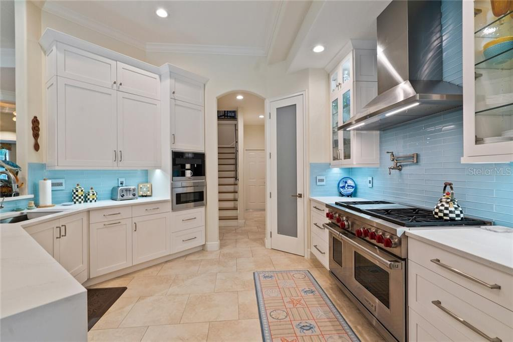 Miele integrate coffee maker - Single Family Home for sale at 1907 Clematis St, Sarasota, FL 34239 - MLS Number is A4474600