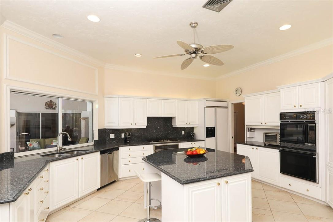 Single Family Home for sale at 3988 Losillias Dr, Sarasota, FL 34238 - MLS Number is A4474927