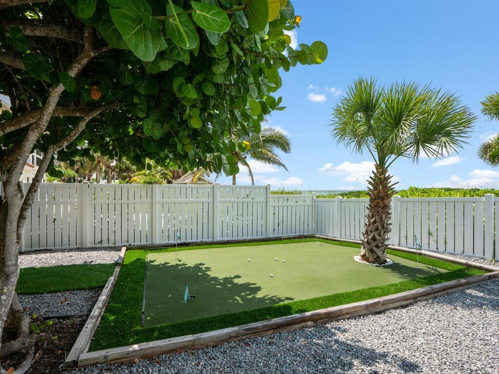 Single Family Home for sale at 3881 Casey Key Rd, Nokomis, FL 34275 - MLS Number is A4478049