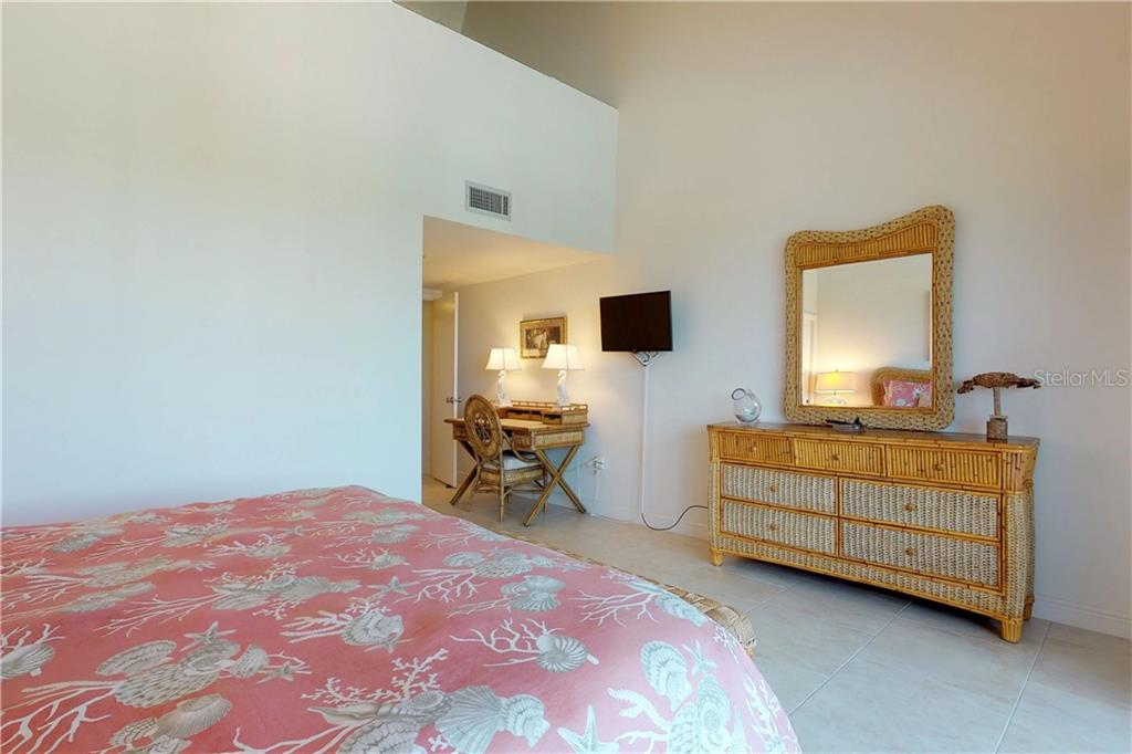 Condo for sale at 6814 Gulf Dr, Holmes Beach, FL 34217 - MLS Number is A4479193