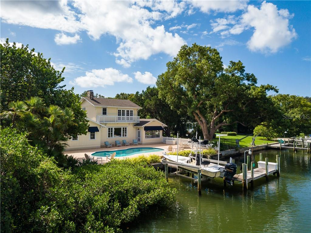 Single Family Home for sale at 1595 Bay Point Dr, Sarasota, FL 34236 - MLS Number is A4479218
