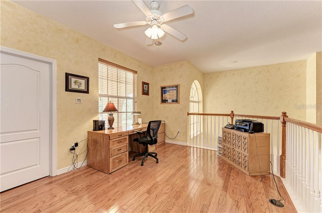 Upstairs office area - Single Family Home for sale at 7118 68th Dr E, Bradenton, FL 34203 - MLS Number is A4480398