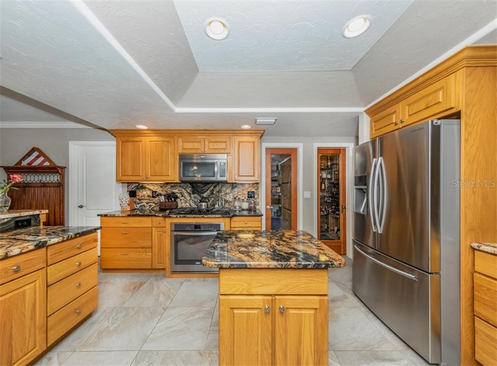 Kitchen - Single Family Home for sale at 1395 Bayshore Dr, Englewood, FL 34223 - MLS Number is A4480508