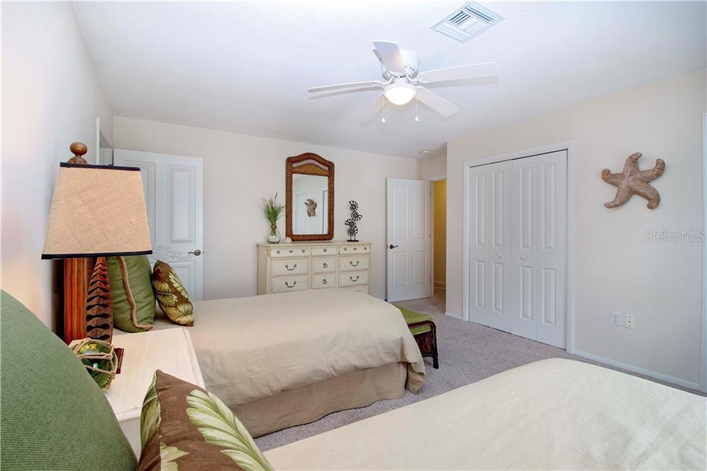 Single Family Home for sale at 420 Partridge Cir, Sarasota, FL 34236 - MLS Number is A4482664