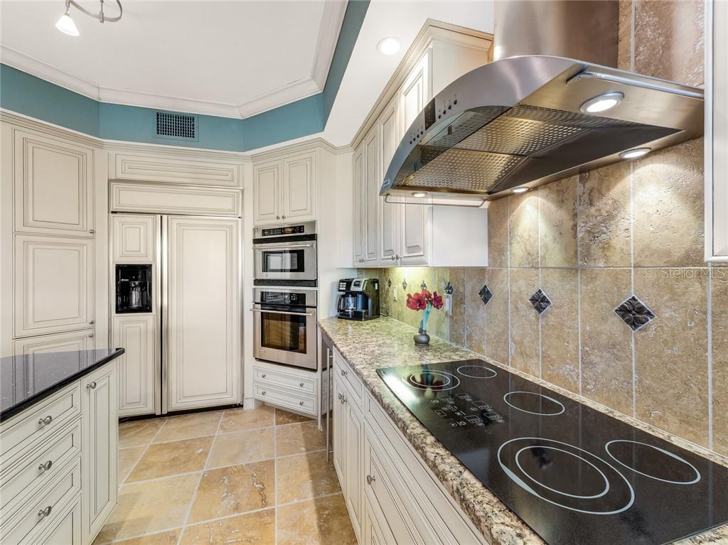 Luxury kitchen with sunset views. - Condo for sale at 14021 Bellagio Way #407, Osprey, FL 34229 - MLS Number is A4487552