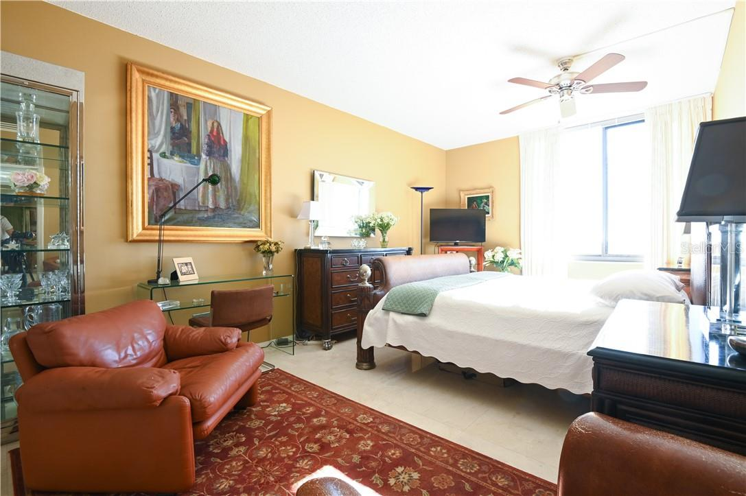 Ready for you Master Bed-Room - Condo for sale at 1945 Gulf Of Mexico Dr #M2-505, Longboat Key, FL 34228 - MLS Number is A4489188