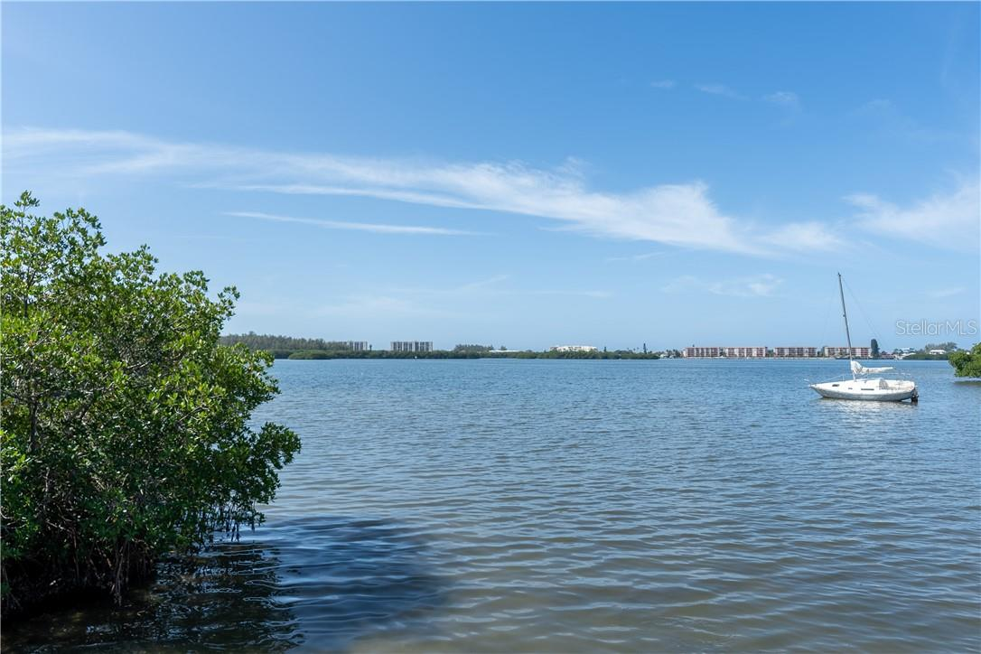 Stunning views of the Sarasota Bay - Vacant Land for sale at 11 Fishermens Bay Dr, Sarasota, FL 34231 - MLS Number is A4493227
