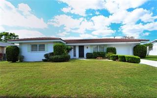 6837 Roxbury Dr, Sarasota, FL 34231