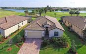 6909 Quiet Creek Dr, Bradenton, FL 34212