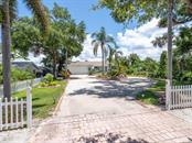 811 Tropical Dr, Bradenton, FL 34208