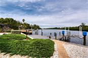 Single Family Home for sale at 4 Winslow Pl, Longboat Key, FL 34228 - MLS Number is A4420620