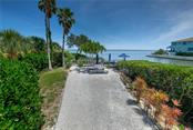 Picnic by the bay. - Condo for sale at 515 Forest Way, Longboat Key, FL 34228 - MLS Number is A4465231