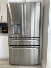 Brand new stainless steel refrigerator with beverage drawer, ice maker and water dispenser. - Single Family Home for sale at 1633 Ridgewood Ln, Sarasota, FL 34231 - MLS Number is A4496839