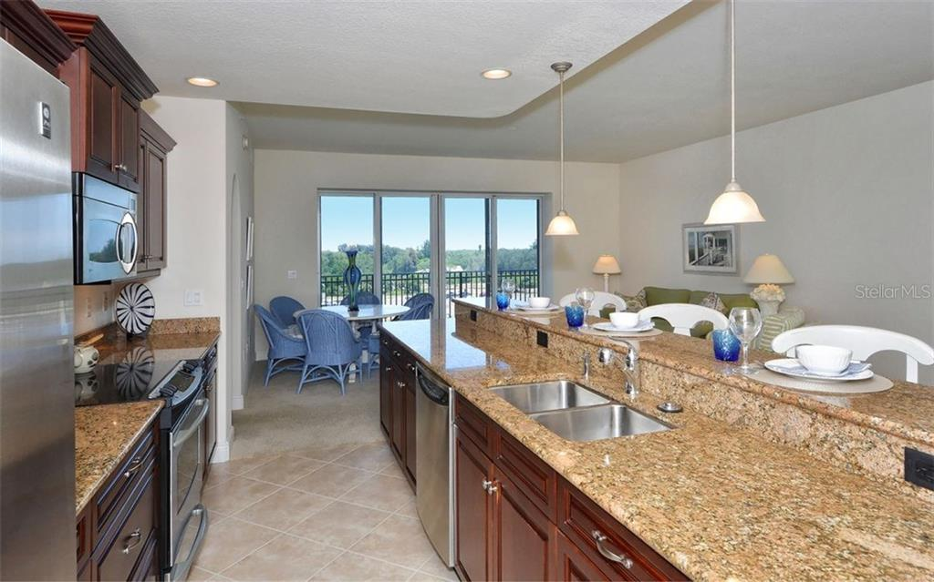Kitchen - Condo for sale at 157 Tampa Ave E #608, Venice, FL 34285 - MLS Number is N5912899